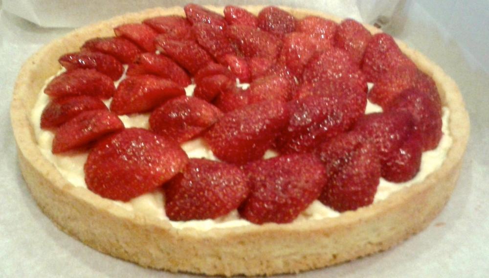 ∙ Strawberry tart∙