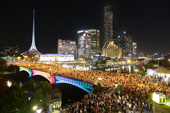Hate crowds? Avoid peak times between 9pm and 11.30pm. image via Herald Sun
