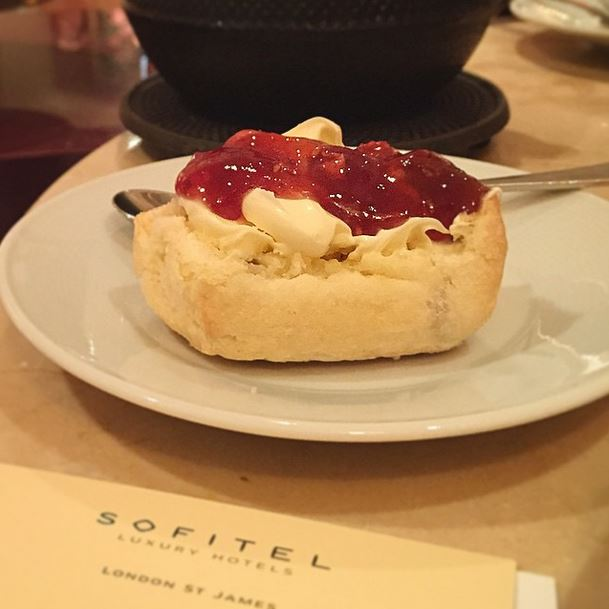 Gluten free scones at the Sofitel St James afternoon tea