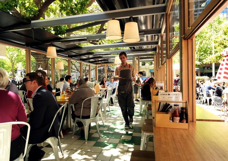 Trunk Diner towards Carlton Gardens image via trunktown.com.au