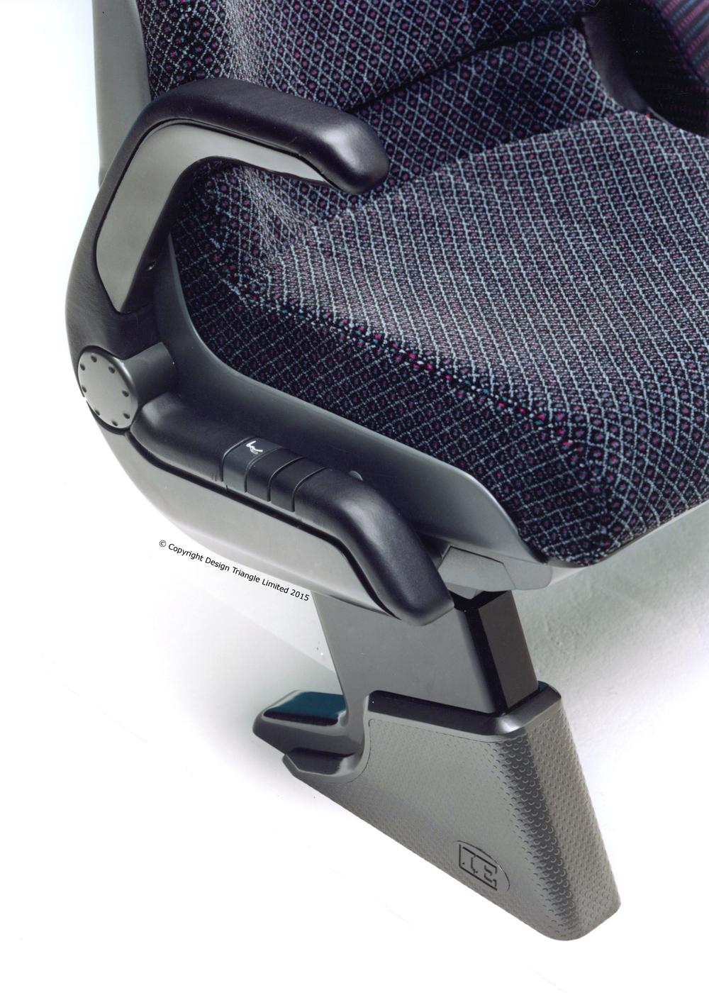 Design Triangle - Esteban Ergos coach seat prototype 2 - COPYRIGHT.jpg