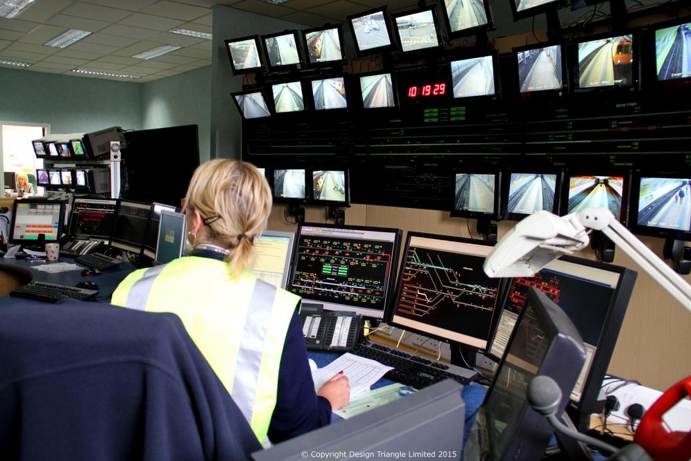 DesignTriangle - Glasgow SPT Control Room - COPYRIGHT.jpg
