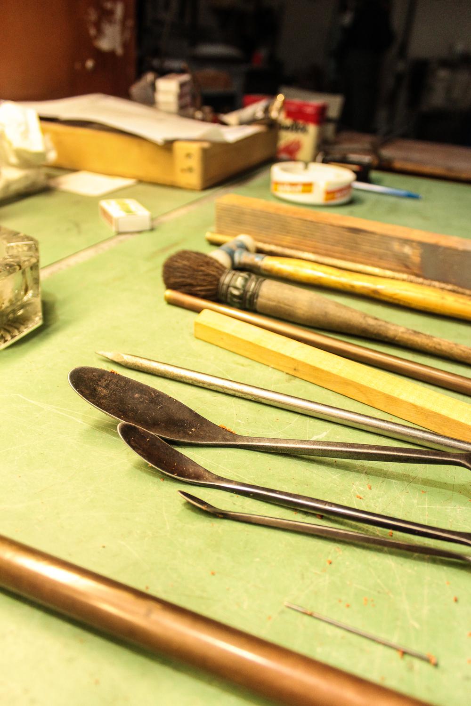 Werkzeuge für die Bearbeitung der Sandform