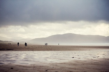 Photo: Beach walkers, Ruxandra Mateiu (okay no geese and its not Aberlady.  It was the best I could do and I like the photo))