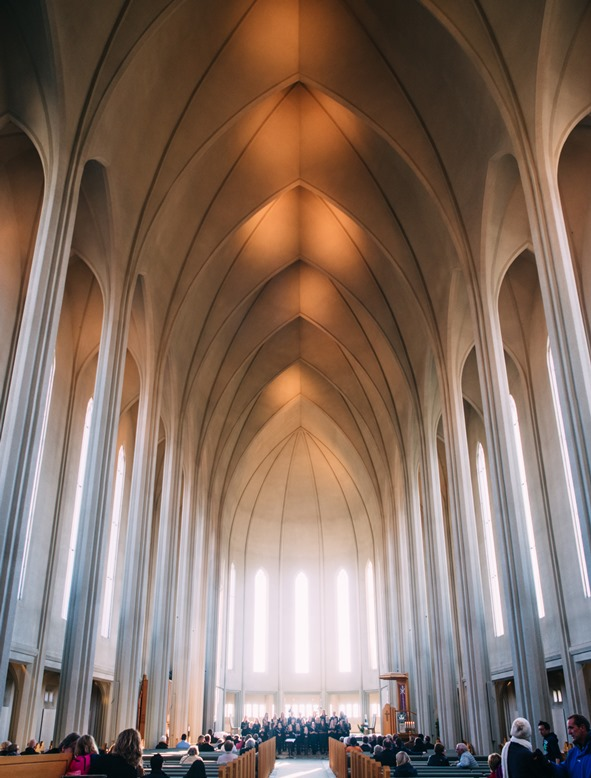 Cathedral, Jeff Sheldon, unsplash.com