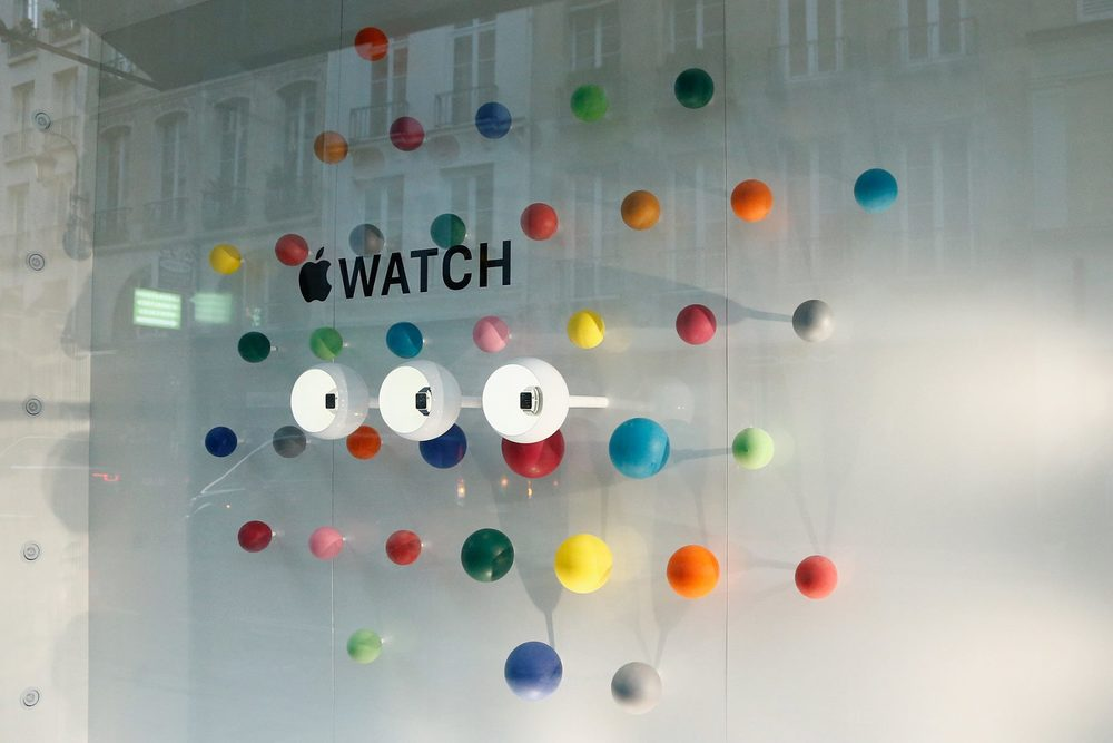 Side view of balloons iwatch