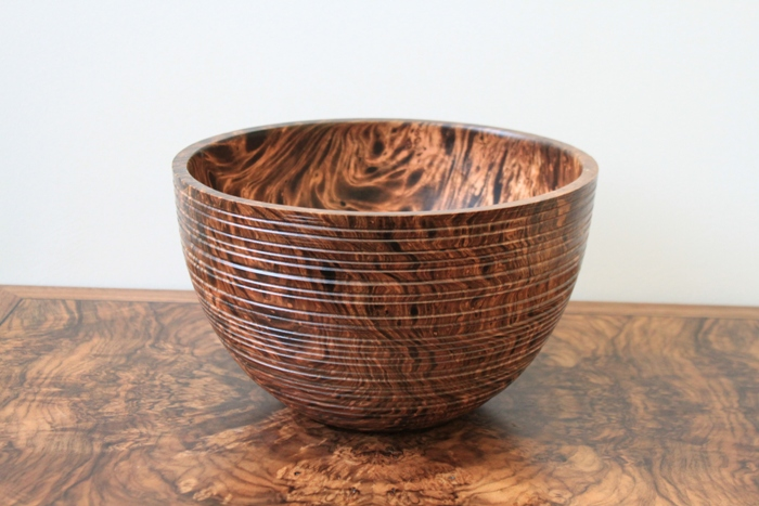 Mango Burr Bowl with hive style