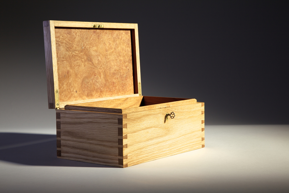 Open lid of Jewellery Box