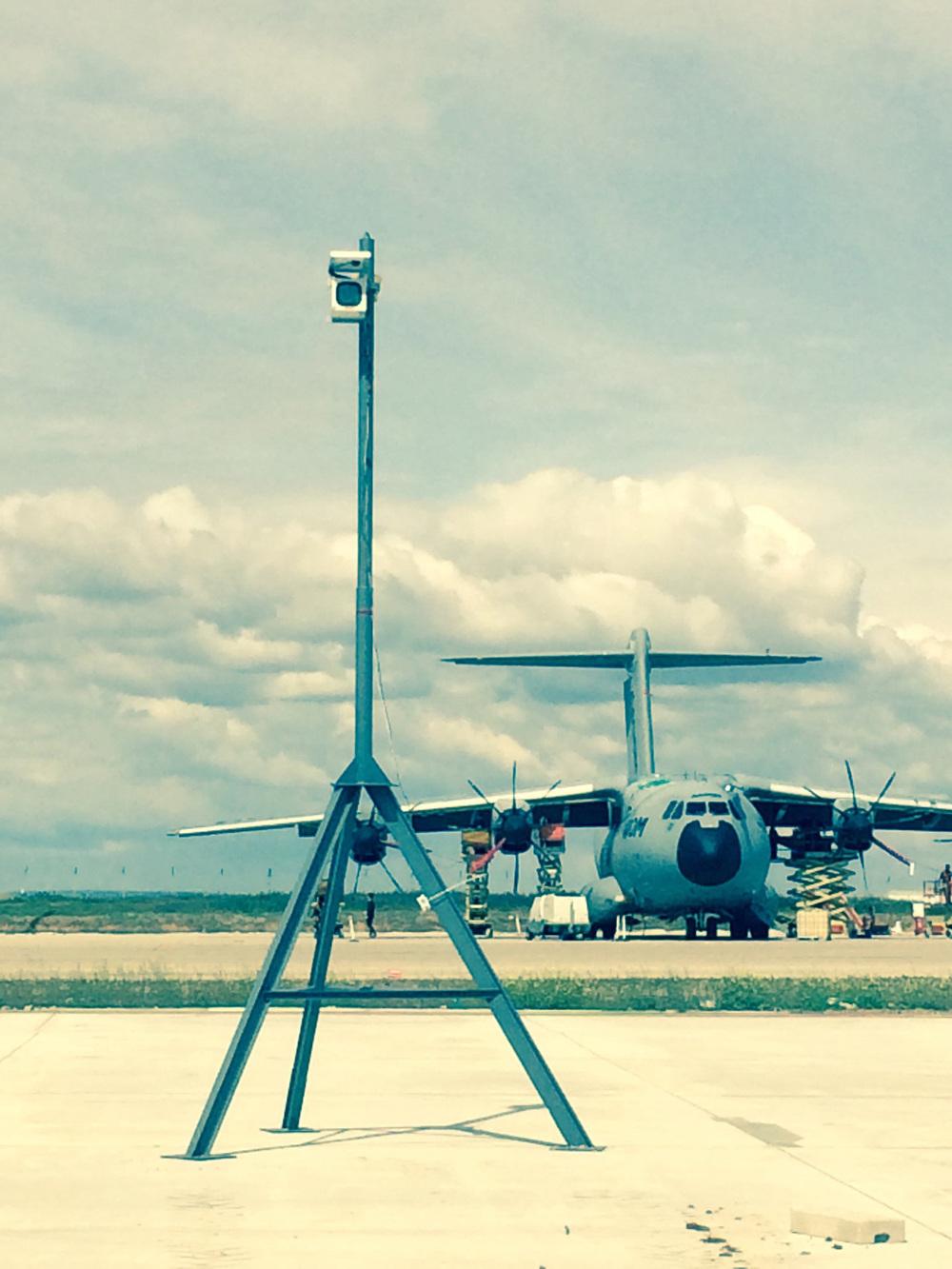 hangar.sevilla.prompt_08.jpg