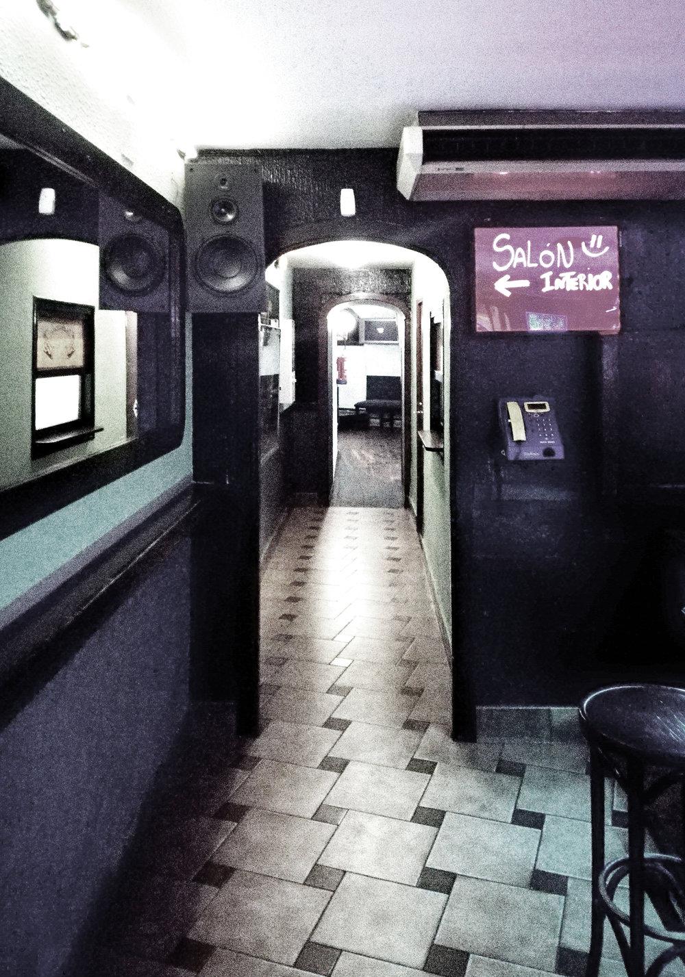 62_bar_musical_old_03.jpg