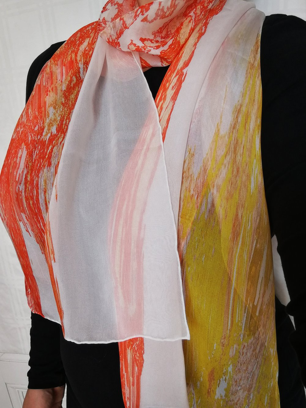 051 Feathers, orange