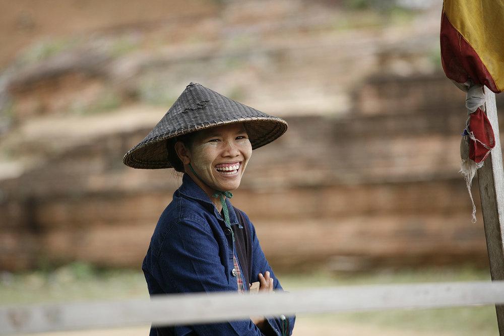 Peregrine-Adventures-myanmar_local-woman-hat.jpg