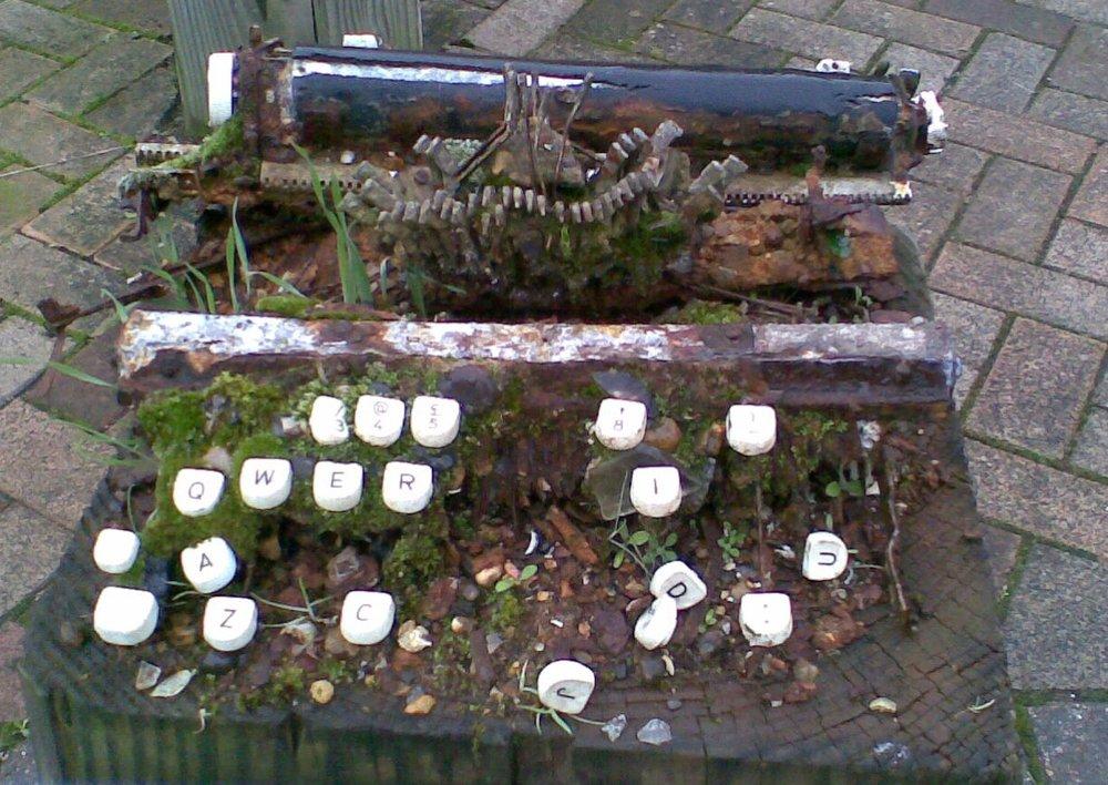 Thames Typewriter