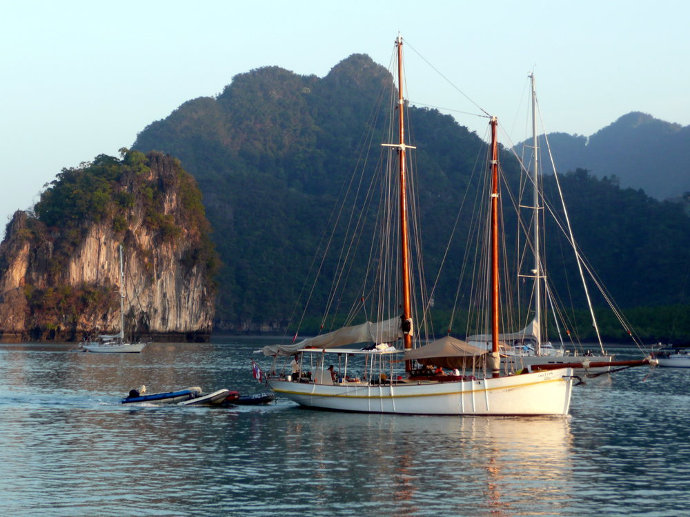 "Seraph at anchor in ""Chong Lat"" during The Bay Regatta."