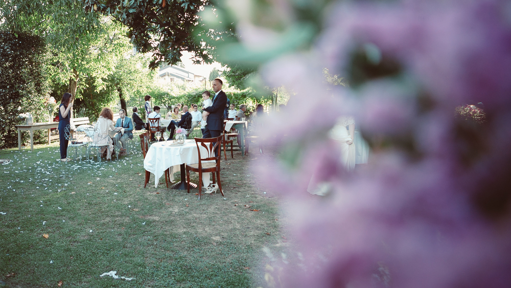 Tavolini in giardino