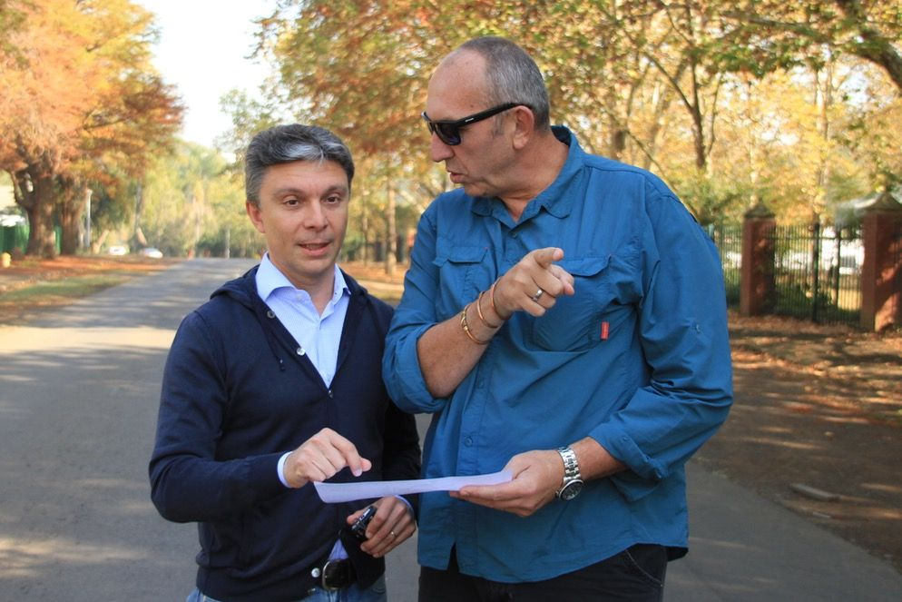 UCI Para-cycling Technical Delegate Roberto Rancilio, is welcomed to Pietermaritzburg by event organiser, Alec Lenferna. Rancilio was in the country to inspect the proposed routes for the Time Trial and Road Races for the 2015 UCI Para-cycling Road World Cup Pietermaritzburg, South Africa, from 11-13 September. Photo: Mylene Paynter