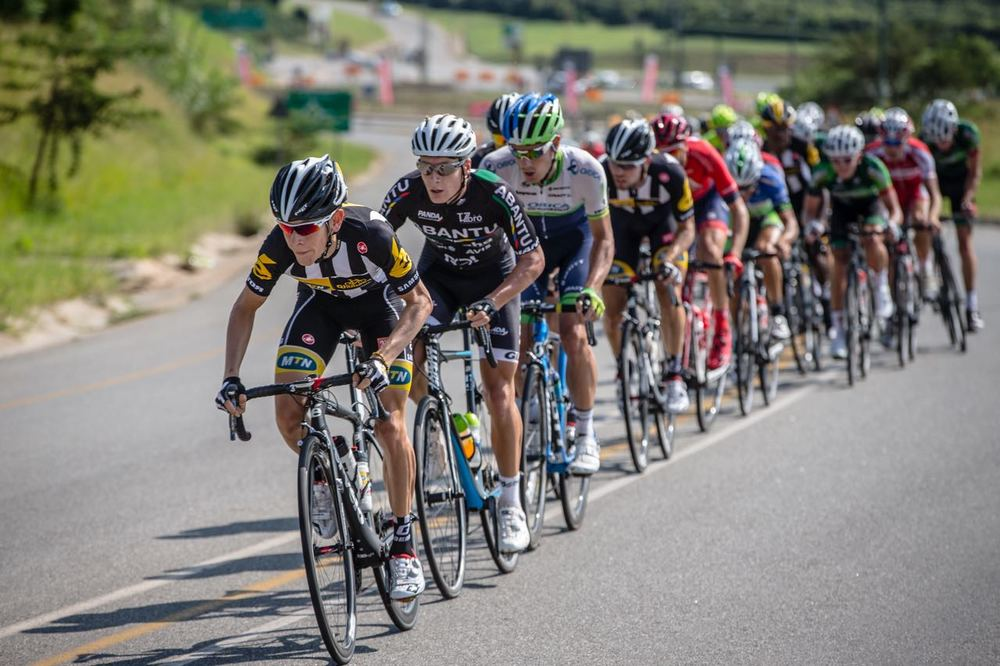 2014 SA National Road Champion Louis Meintjes (front), who now rides for Team Lampre-Merida, is excited to see what lies ahead at the 2016 SA National Road, Time Trial and Para-cycling Championships in KwaZulu-Natal from 10-14 February. Photo: Craig Dutton