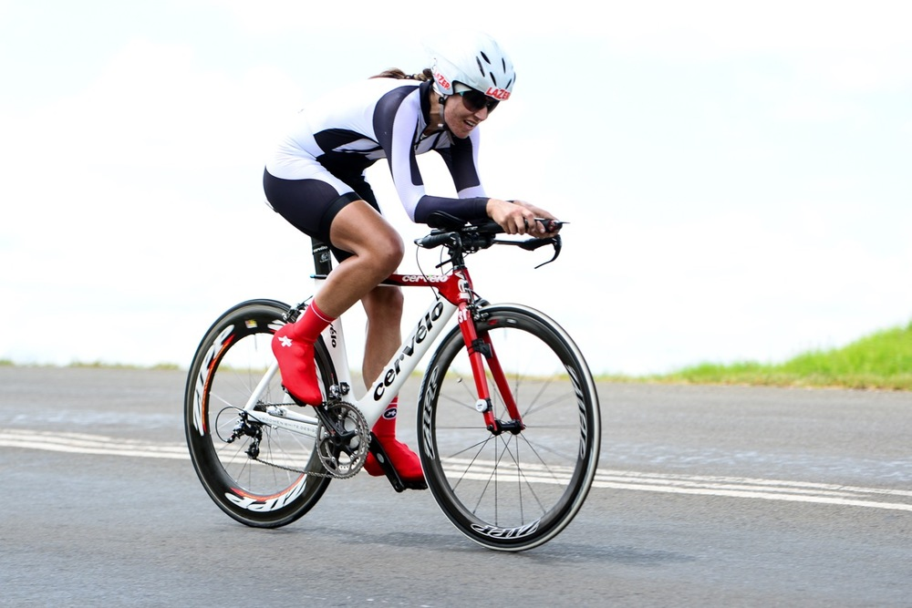 Taking the Elite Women's Time Trial title, Juanita Venter opted for a slight change in her equipment prior to the race, which seemed to pay off during the 2016 SA National Road, Time Trial and Para-cycling Championships in Wartburg, KwaZulu-Natal, on Wednesday 10 February. Photo credit: Darren Goddard