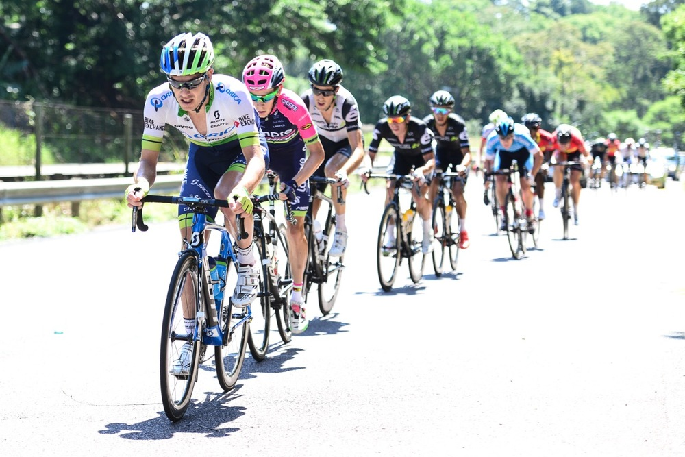 In the remaining 45km of the 170km race, Daryl Impey (Orica-GreenEDGE) and Louis Meintjes (Lampre Merida) charged hard to close the seven-minute gap to the leaders at the 2016 SA National Road, Time Trial and Para-cycling Championships in Westville, KwaZulu-Natal, on Sunday 14 February. Photo credit: Darren Goddard