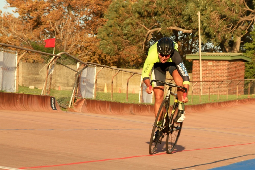 Track cycling newcomer Rickardo Broxham gives it everything he has got in the Flying lap 250m and holds the lead in the U16 Boys race at the end of day one of the 2016 South African Omnium Championships at the Westbourne Oval in Port Elizabeth on Saturday 2 April. Photo credit: Mylene Paynter