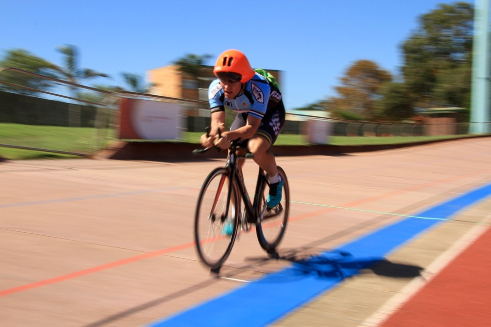 Martin van Wyk (VWE Track Academy) scored consistent results in all six races to claim the National Title at the 2016 South African Omnium Championships at the Westbourne Oval in Port Elizabeth from Saturday 2 to Sunday 3 April. Photo credit: Mylene Paynter