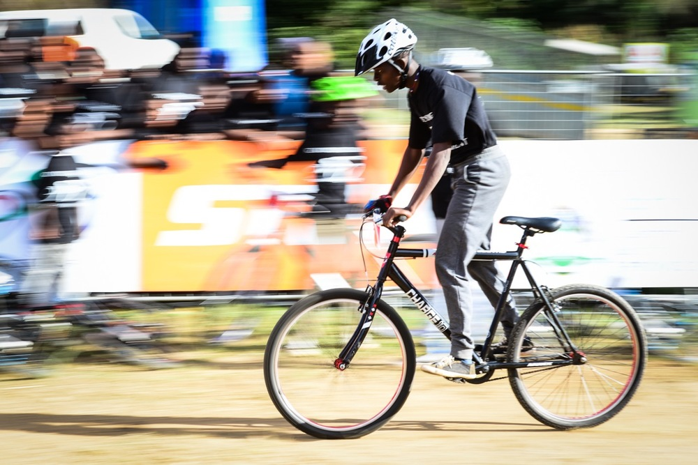 A rider on a singlespeed bicycle whizzes past his peers during the District Development Series Finale at the 2016 Pietermaritzburg MTB Festival at Cascades MTB Park on Sunday 1 May. Photo: Darren Goddard