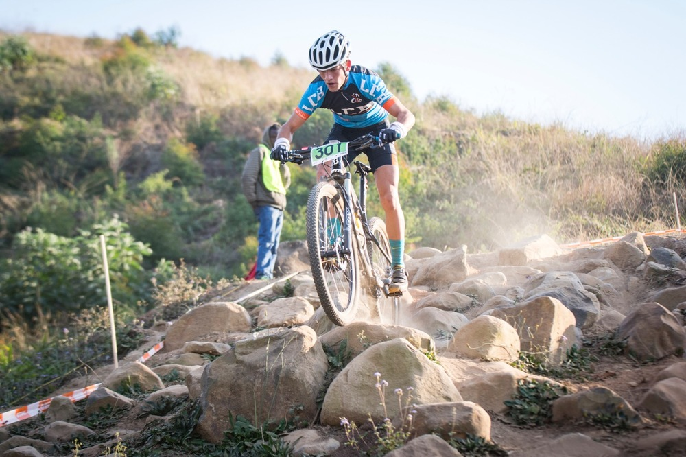 The stacked Youth Men's class saw 16-year-old Ryan Conradie (LCB Racing) from Potchefstroom lead the race from 100 metres in until the finish at the STIHL 2016 South African National Mountain bike Championships at Cascades MTB Park in Pietermaritzburg on Saturday 16 July 📸 Andrew Mc Fadden/BOOGS Photography