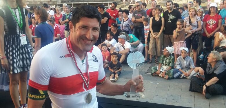 Previous World Champion hand-cyclist, Ernst van Dyk, put in a big effort in the H5 road race to claim a gold medal and also the title of 2016 World Cup series H5 champion at the UCI Para-cycling Road World Cup, hosted by the Basque Country, Spain. Photo: supplied