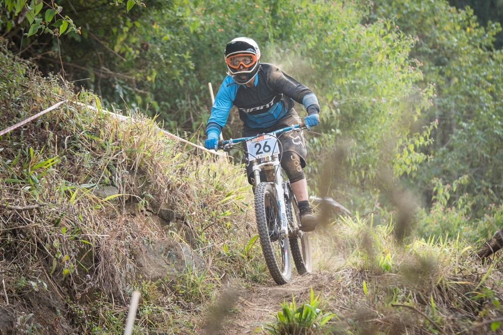 Elite Women's winner and second woman overall, Kathryn Fourie at the STIHL 2016 South African National Mountain bike Downhill Championships at Cascades MTB Park in Pietermaritzburg on Sunday 17 July 📸 Andrew Mc Fadden/BOOGS Photography