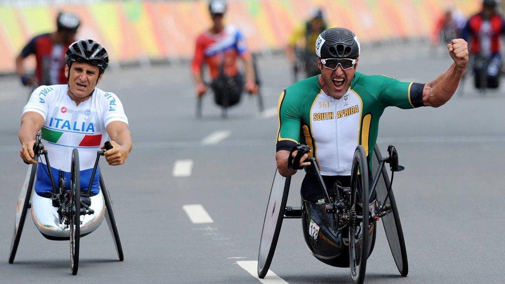 South African Paralympic legend, Ernst van Dyk, celebrated the ultimate victory when he claimed his second Paralympic gold medal of his illustrious career during the Men's H5 hand cycling race at the 2016 Rio Paralympic Games in Brazil last week. © Jean-Baptiste Benavent / uci.ch