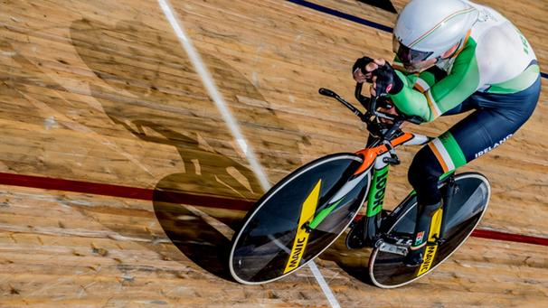 Colin Lynch makes history with first Para-cycling UCI Hour Record