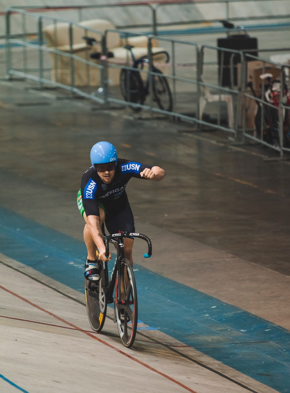 Jean Smith celebrates his Elite Men's Match Sprint win at the 2017 SA National Track and Championships at the Bellville Velodrome in the Western Cape on Tuesday 4 April. Photo: DoubleST