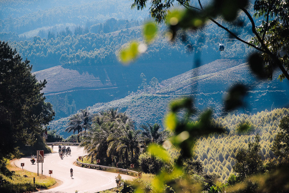 The early climb up Magoebaskloof Pass brought the climbers to the fore as teams worked cohesively to aide their front riders in the race for the GC positions on Stage 4 of the Tour de Limpopo from Tzaneen to Polokwane on Thursday 26 April 2018 © HaydsBrown