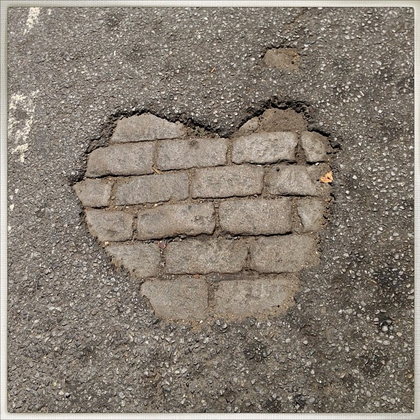 Let me call you street-heart…. #newyorkcity #heart #love #bricks #streetheart #sweetheart