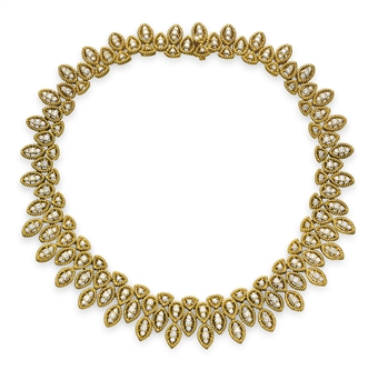 yellow gold necklace.jpg