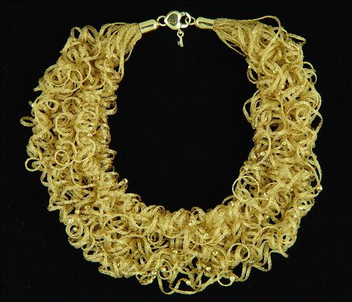 yellow gold necklace2.jpg