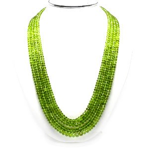 green necklace.png