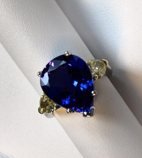 tanzanite ring.jpg
