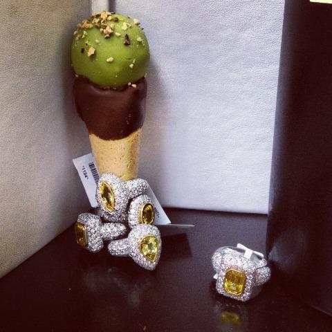 pistachio godiva