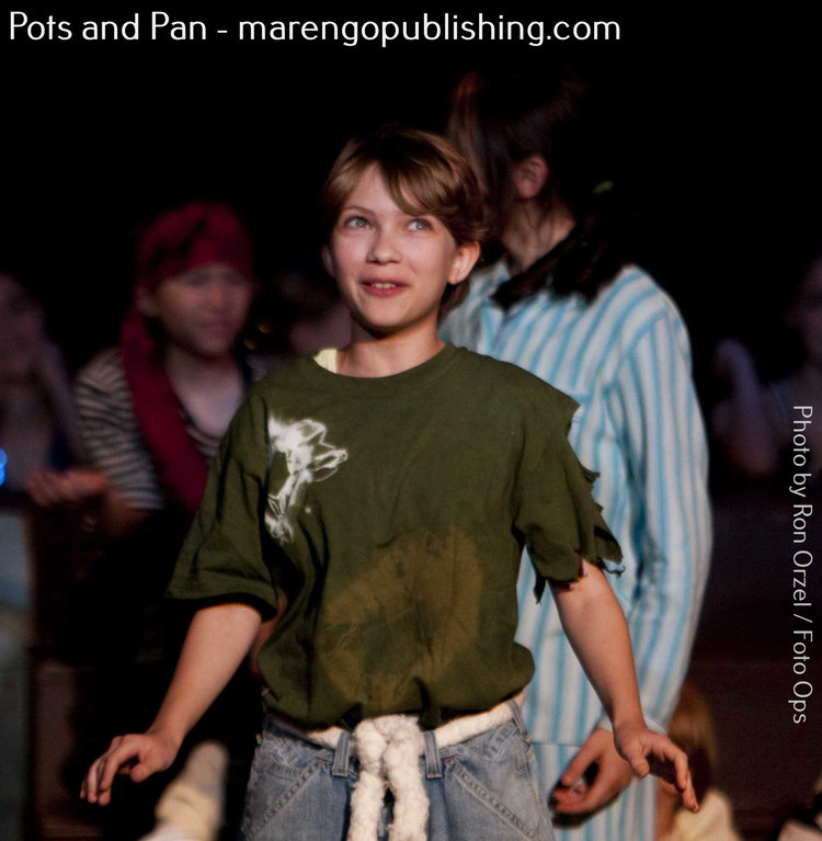 Tavi+Gevinson+as+Peter+Pan.jpg