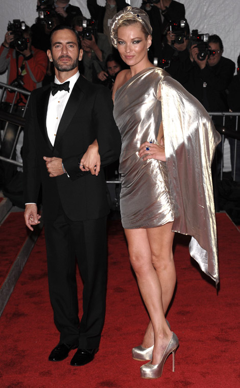 Kate Moss in and with  Marc Jacobs  at the 2009 Met Gala. Image via Stylefizz.