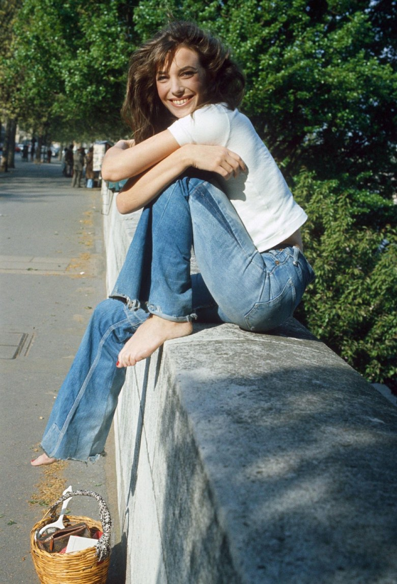 Jane Birkin in relaxed, full length denim; image via Vogue Magazine.