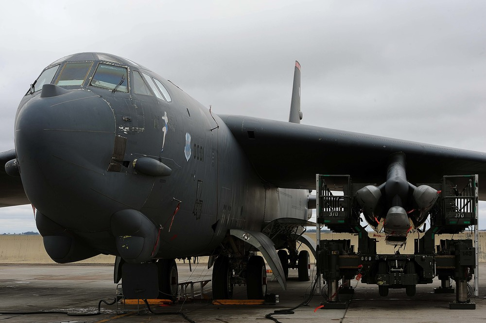 A B-52H loaded with air-launched cruise missiles. Photo courtesy U.S. Air Force/Senior Airman Kristoffer Kaubisch