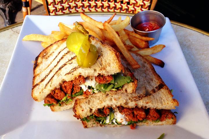 Merguez sandwich.JPG