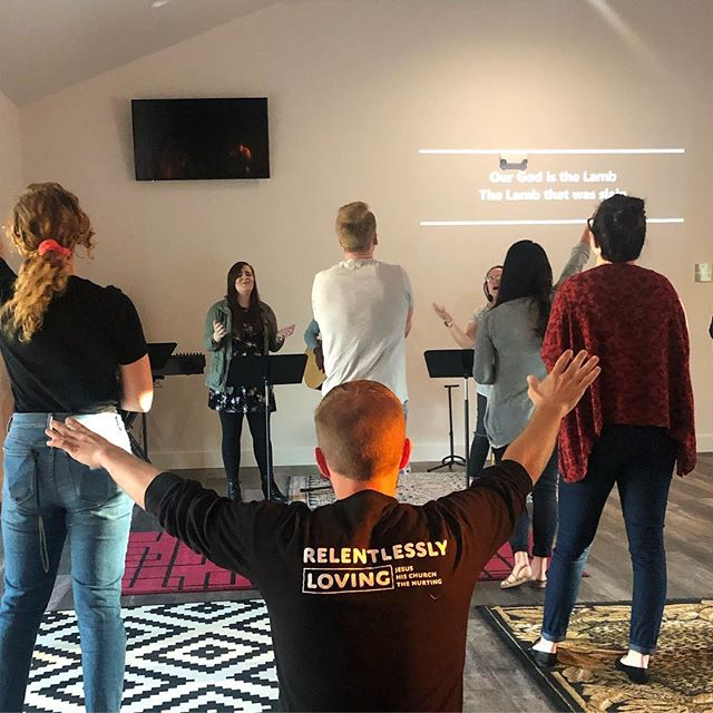 What a powerful Night of Worship at the @coth_mansfield campus! We are psyched that y'all came out!  The next meet up will be our regular Young Adults service at the main campus in Cedar Hill-next week!!!! 4/25   7pm  We can't wait to see you again!  #cothya #lastThursday #community #enjoyyouryouth