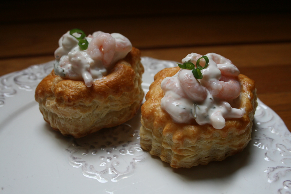 Photo by Adriana Alamzan Lahl from Celebraciones Mexicanas, All RIGHTS RESERVED Vol au Vents (Puff Pastry Shells) filled with shrimp in a classic Tarragon Buerre Blanc , from our Menu Afrancesada, a fusion of French and Mexican ingredients and techniques.  Vol au Vents  are also available filled with Chicken in Mole or as an appetizer, in miniature filled with Baby Shrimp in Tarragon Buerre Blanc