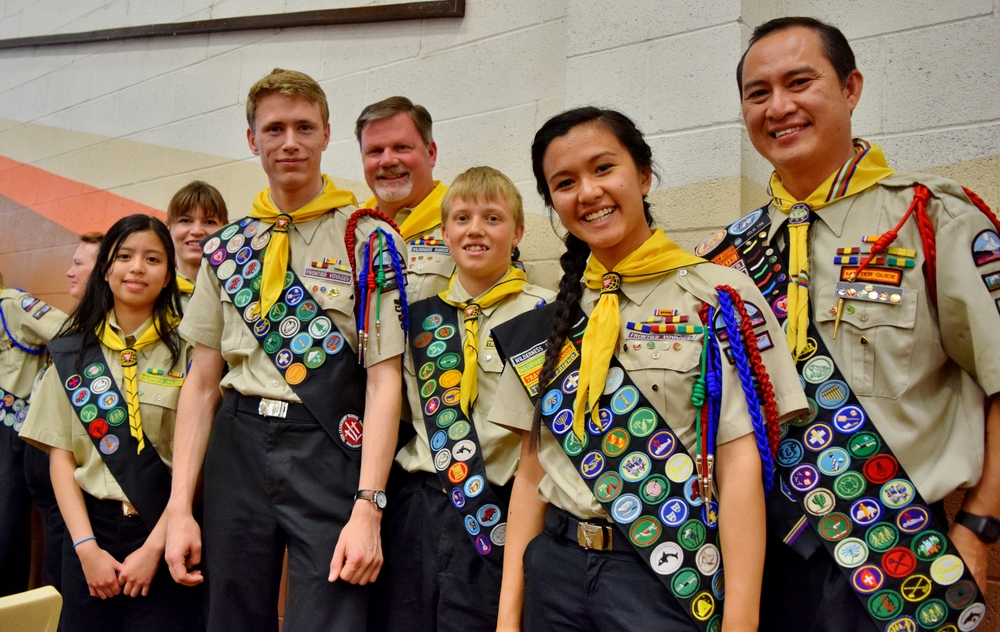 (Right to left: Felix Tan, charmaine Tan, Brandon grabner, Ben Wiedemann, Kinley stumph, russan jansen, Lindsey Regalado.