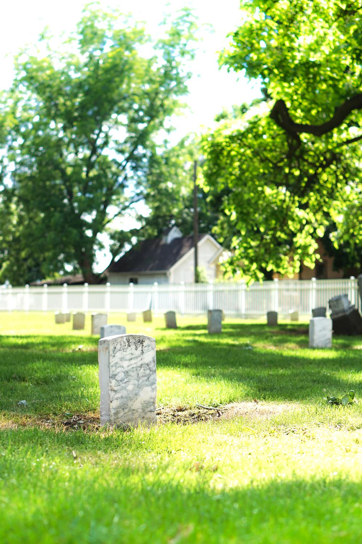 Cemetery of fort walla walla, PC: Kris Loewen