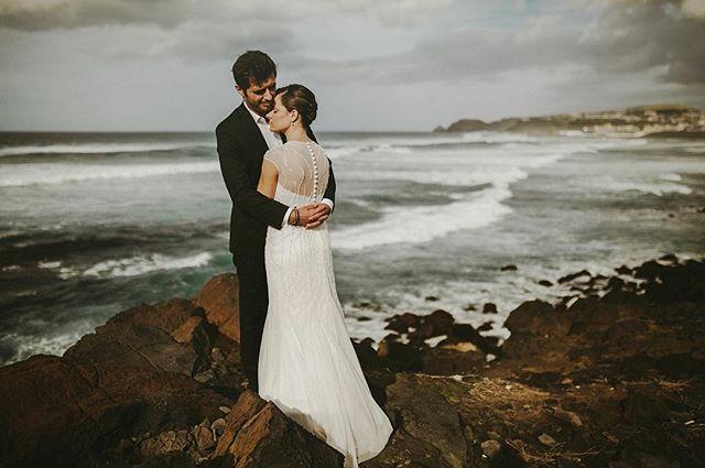 No final deste mês vou andar pelos Açores num paraíso chamado São Miguel. Caso estejam interessados em fazer umas fotografias pela ilha ou apenas beber um sumo de laranja natural comigo, enviem uma mensagem :D
