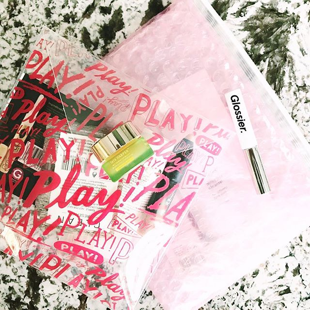 Great mail day 🙌🏻 #glossier #boybrow #sephoraplay #tataharper